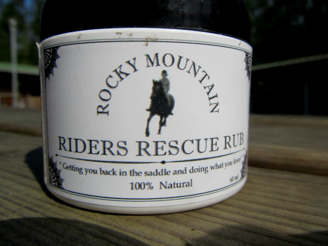 Riders rescue rub